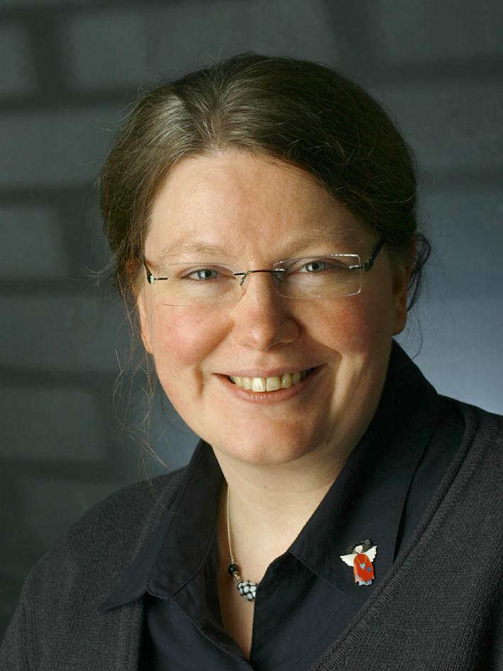 Dr.  Michaela Berg