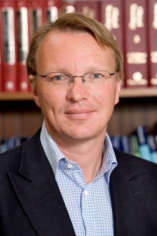 Dr.  Ralf Gössler